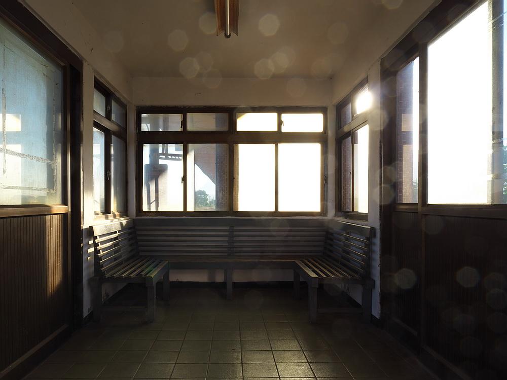 Day4 4673次池上車站月台候車室