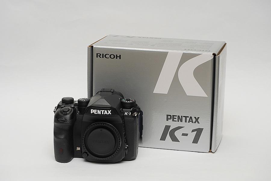 PENTAX K-1 Unbox 2016 05 18