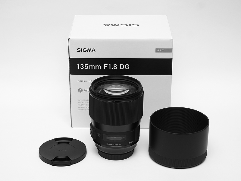 SIGMA 135mm F1.8 DG Art Unbox