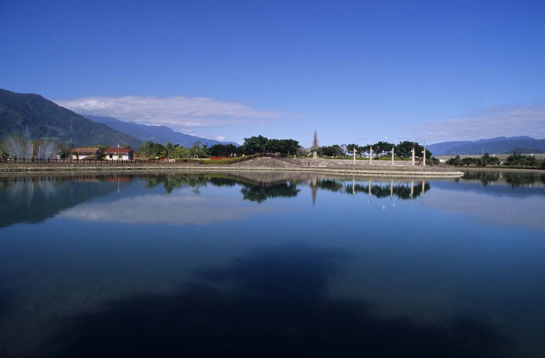 2003年冬季某日的台東縣關山鎮親水公園